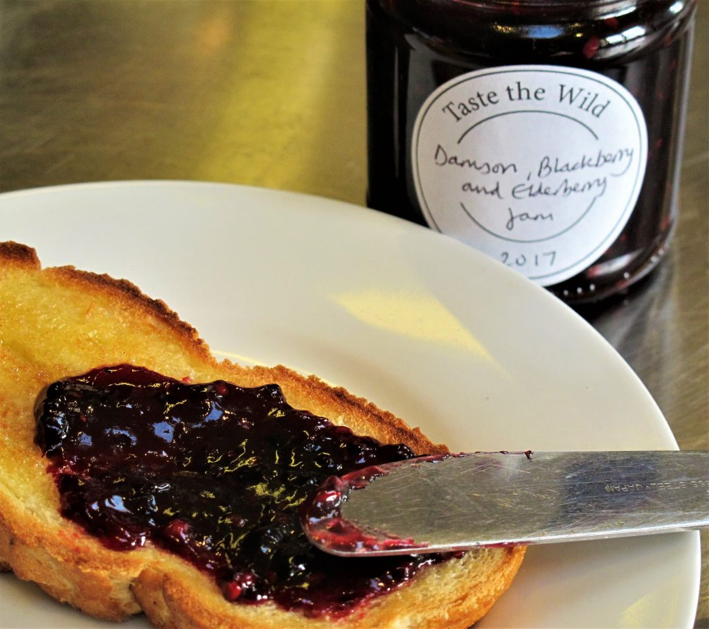 Damson, Blackberry and Elderberry Jam – makes approximately 3kg (6.5lb)